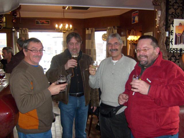 Réunion de membres à Quaregnon le 23 décembre 2008 06_reu10