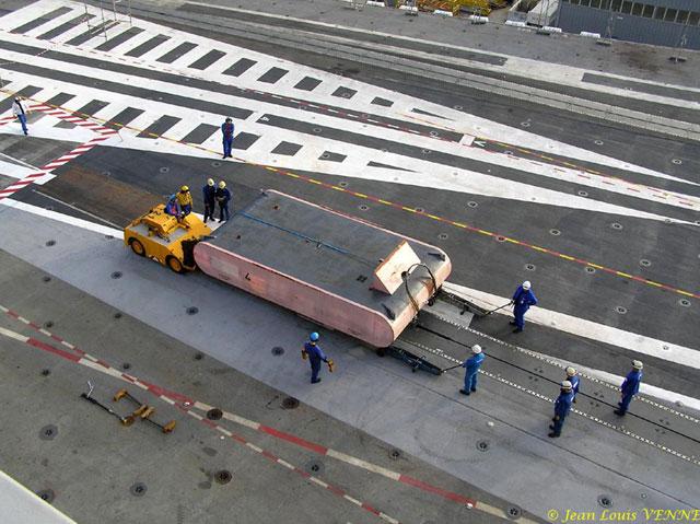 Les news en images du port de TOULON - Page 21 08_10_11
