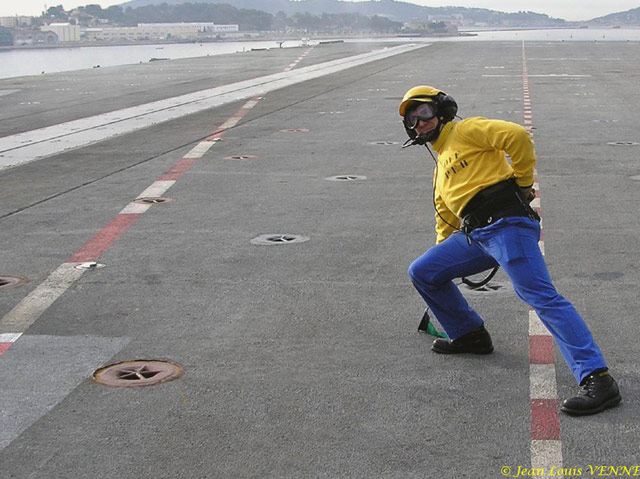 Les news en images du port de TOULON - Page 21 08_10_13