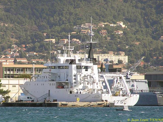 Les news en images du port de TOULON - Page 19 14_09_13