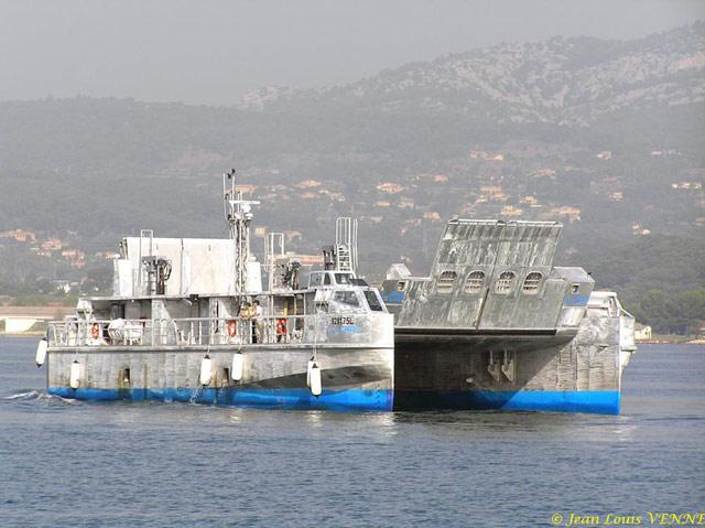 Les news en images du port de TOULON - Page 21 15_10_13