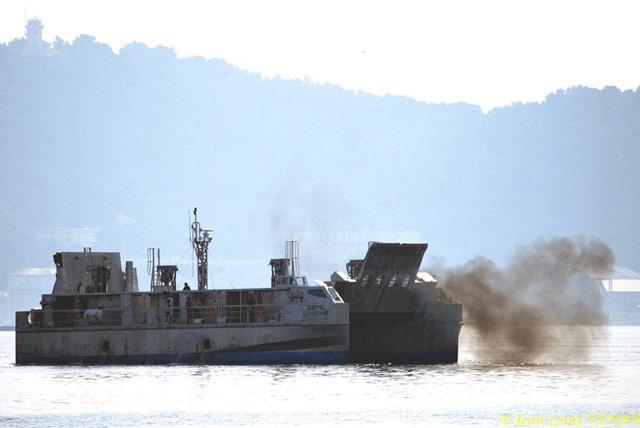 Les news en images du port de TOULON - Page 21 15_10_26