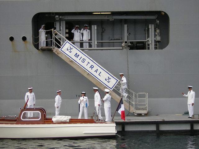 Les news en images du port de TOULON - Page 20 18_09_13