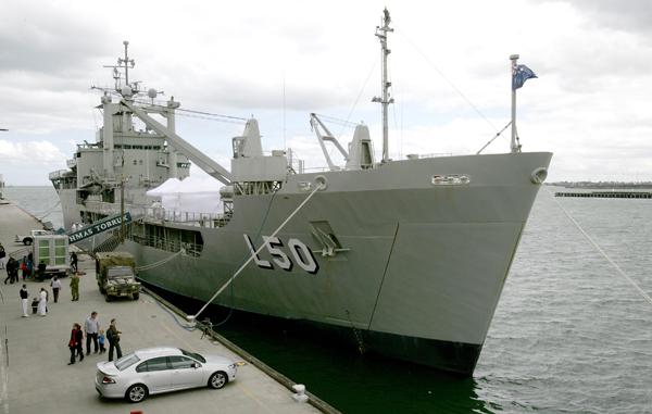 Australian Navy - Marine Australienne - Page 3 20081110