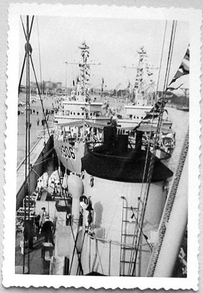 Des navires de la ZM-FN à Bruxelles en 1958 Forcen12