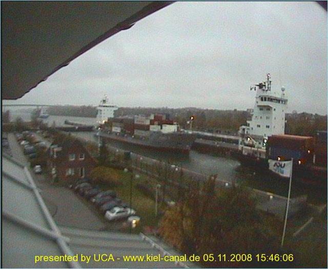 Photos en live des ports dans le monde (webcam) - Page 2 Kiel_010