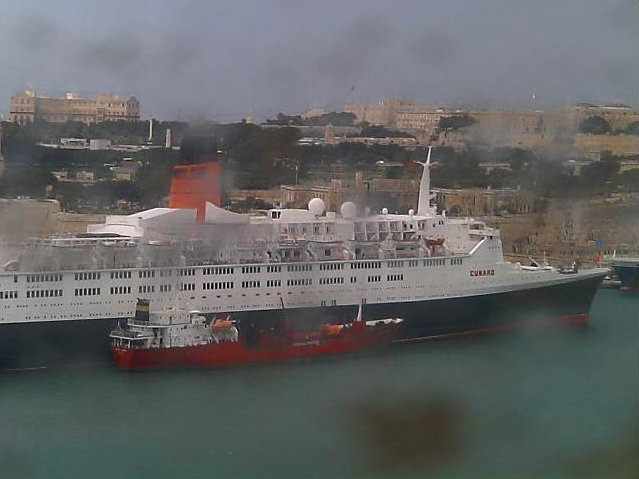 Photos en live des ports dans le monde (webcam) - Page 4 Malta_15