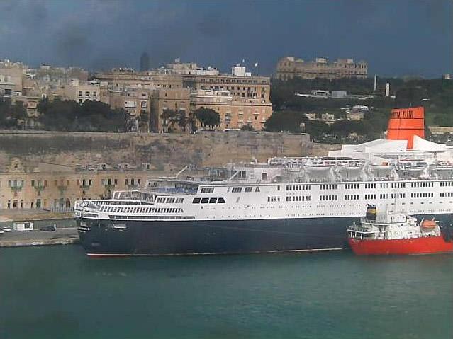 Photos en live des ports dans le monde (webcam) - Page 4 Malta_16