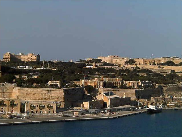 Photos en live des ports dans le monde (webcam) - Page 4 Malta_19