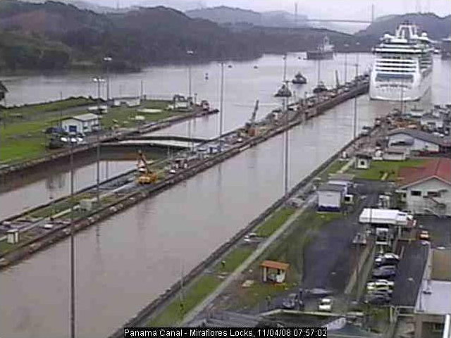 Photos en live des ports dans le monde (webcam) Panama10