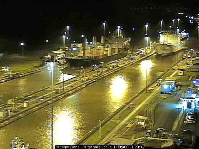 Photos en live des ports dans le monde (webcam) - Page 2 Panama12