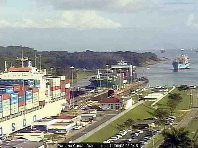 Photos en live des ports dans le monde (webcam) - Page 2 Panama13