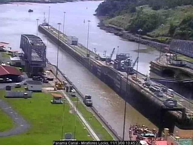 Photos en live des ports dans le monde (webcam) - Page 3 Panama23