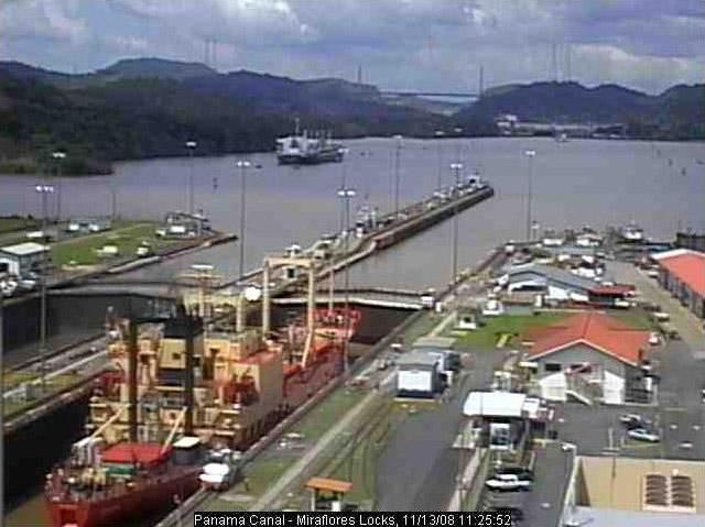 Photos en live des ports dans le monde (webcam) - Page 3 Panama27
