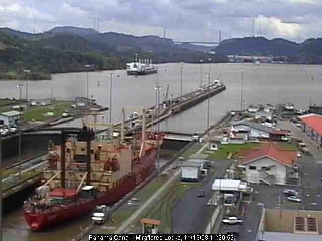 Photos en live des ports dans le monde (webcam) - Page 3 Panama28