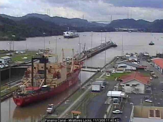 Photos en live des ports dans le monde (webcam) - Page 3 Panama29