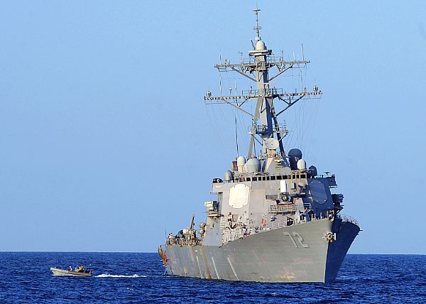 DDG : Arleigh Burke class destroyer - Page 3 Web_0818