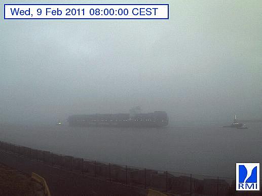 Photos en direct du port de Zeebrugge (webcam) - Page 33 Zeebru15