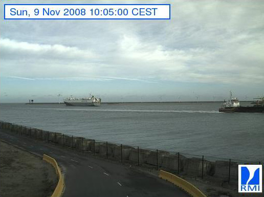 Photos en direct du port de Zeebrugge (webcam) - Page 2 Zeebru24