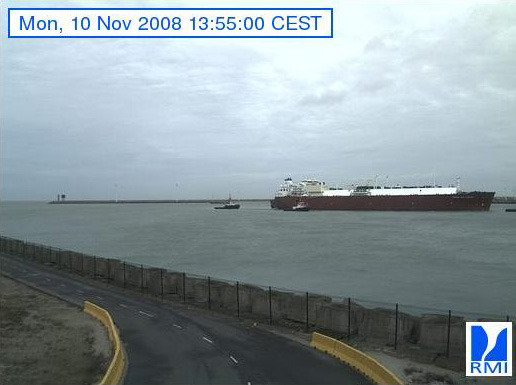 Photos en direct du port de Zeebrugge (webcam) - Page 2 Zeebru25