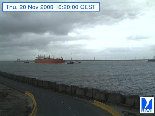 Photos en direct du port de Zeebrugge (webcam) - Page 3 Zeebru41