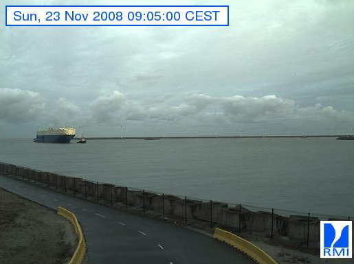 Photos en direct du port de Zeebrugge (webcam) - Page 3 Zeebru44