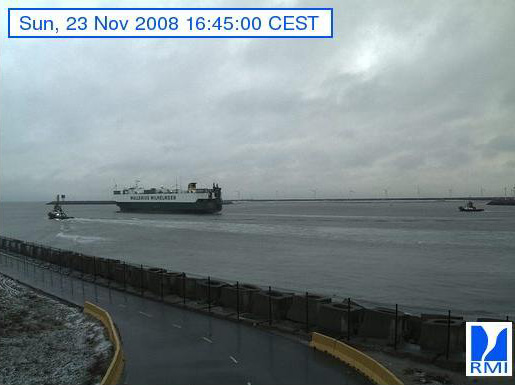 Photos en direct du port de Zeebrugge (webcam) - Page 3 Zeebru45