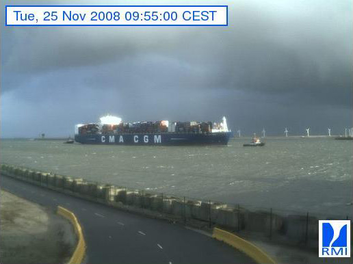 Photos en direct du port de Zeebrugge (webcam) - Page 3 Zeebru47