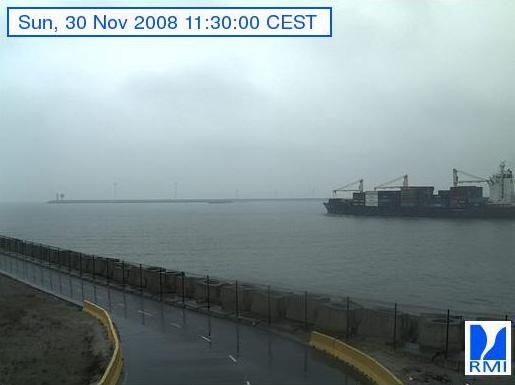 Photos en direct du port de Zeebrugge (webcam) - Page 4 Zeebru51