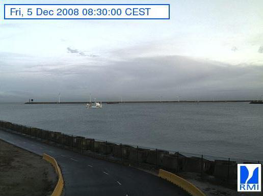 Photos en direct du port de Zeebrugge (webcam) - Page 4 Zeebru57