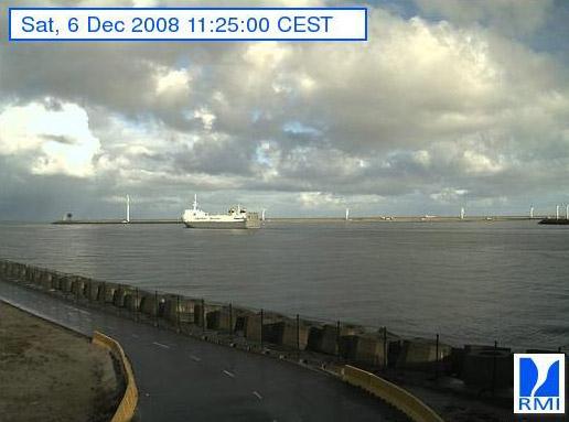 Photos en direct du port de Zeebrugge (webcam) - Page 4 Zeebru58