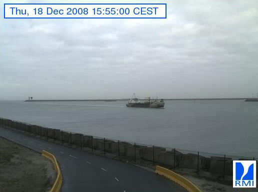 Photos en direct du port de Zeebrugge (webcam) - Page 5 Zeebru71