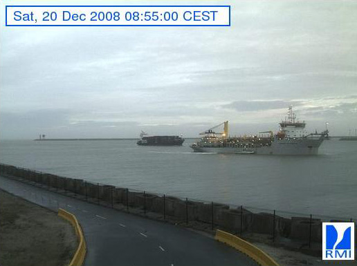 Photos en direct du port de Zeebrugge (webcam) - Page 5 Zeebru73