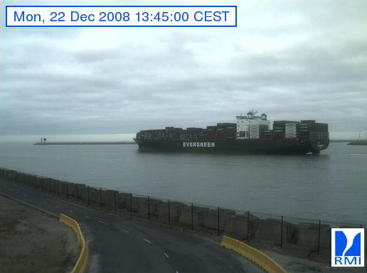 Photos en direct du port de Zeebrugge (webcam) - Page 5 Zeebru75