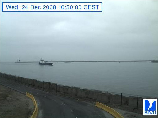 Photos en direct du port de Zeebrugge (webcam) - Page 5 Zeebru76