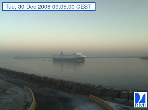 Photos en direct du port de Zeebrugge (webcam) - Page 6 Zeebru82