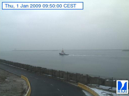 Photos en direct du port de Zeebrugge (webcam) - Page 6 Zeebru84