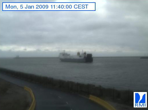 Photos en direct du port de Zeebrugge (webcam) - Page 6 Zeebru87