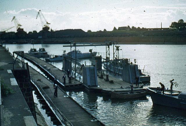 La Flottille du Rhin Zm_car40