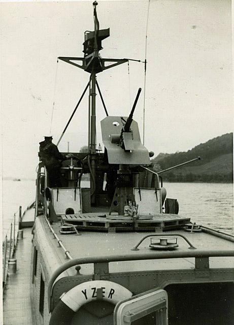 La Flottille du Rhin - Page 4 Zm_car47