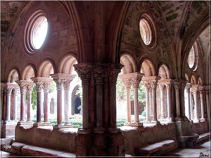abbaye de Fontfroide dans l'Hérault 1_fonf10