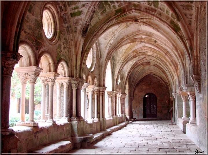 abbaye de Fontfroide dans l'Hérault 1_font10