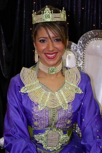 ازياء العروس الجزائرية 1011