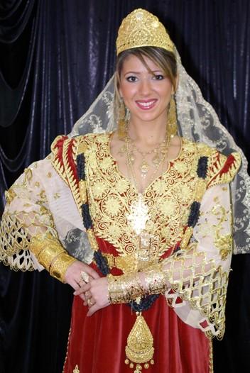 ازياء العروس الجزائرية 1211