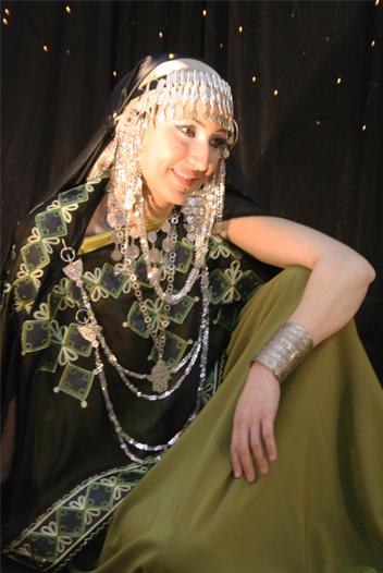 ازياء العروس الجزائرية 1311