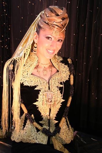 ازياء العروس الجزائرية 511