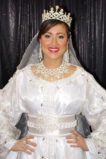 ازياء العروس الجزائرية 910