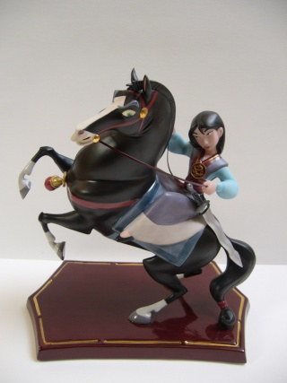 Collection N°132 : Arktoss (Maj 29/11 p.5 WDCC et Cominica) Mulan_11