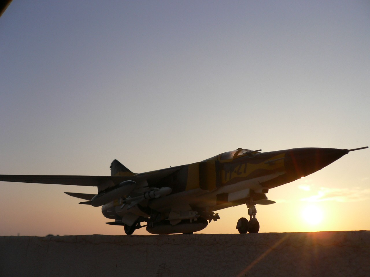 الطائرة المقاتلة Mig 23 P1050110