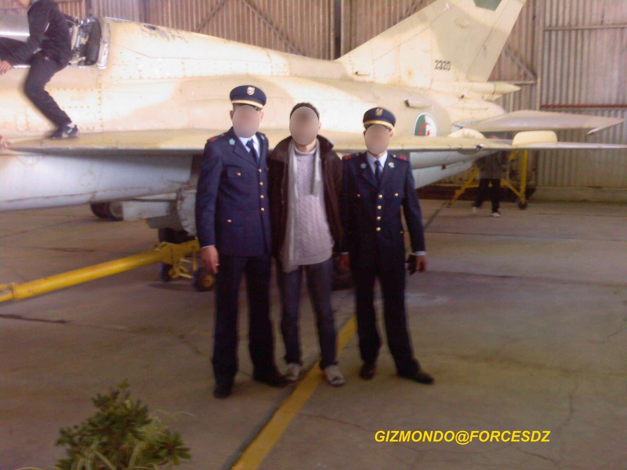 طائرة مقاتلة إعتراضية ميغ-21  MIG-21 Photos45